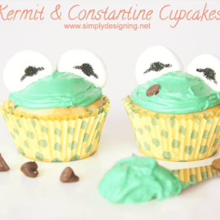 Kermit and Constantine Cupcakes #recipe #cupcake #cupcakes #muppets #recipes #food
