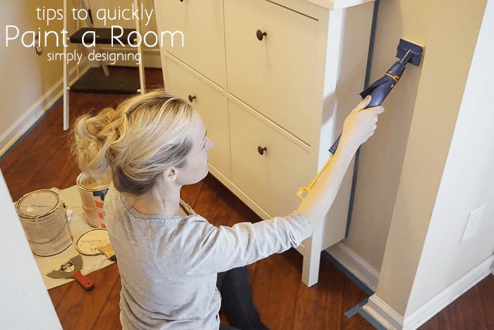 Using QuickPainter Pad Edge Painter to edge the corner edge of a room