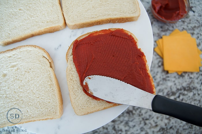 Better Than Pizza Grilled Cheese Sandwich