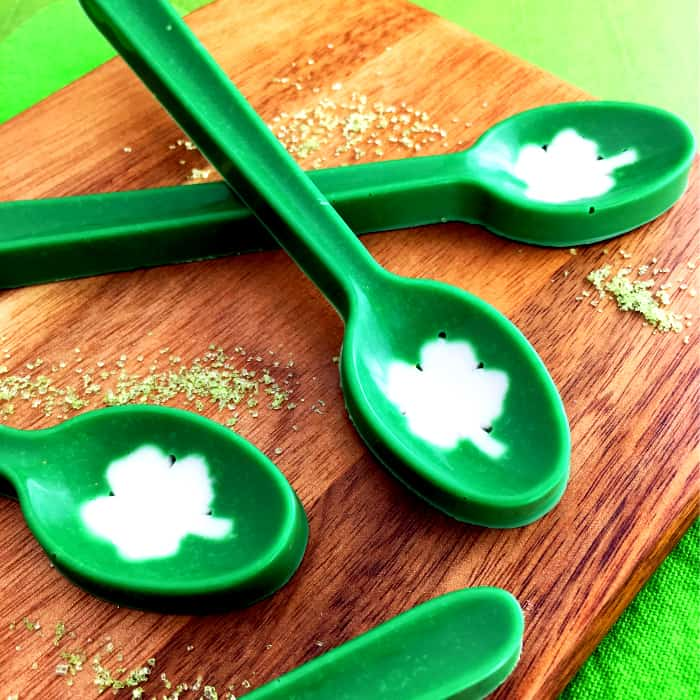 St.-Patricks-Candy-Spoons