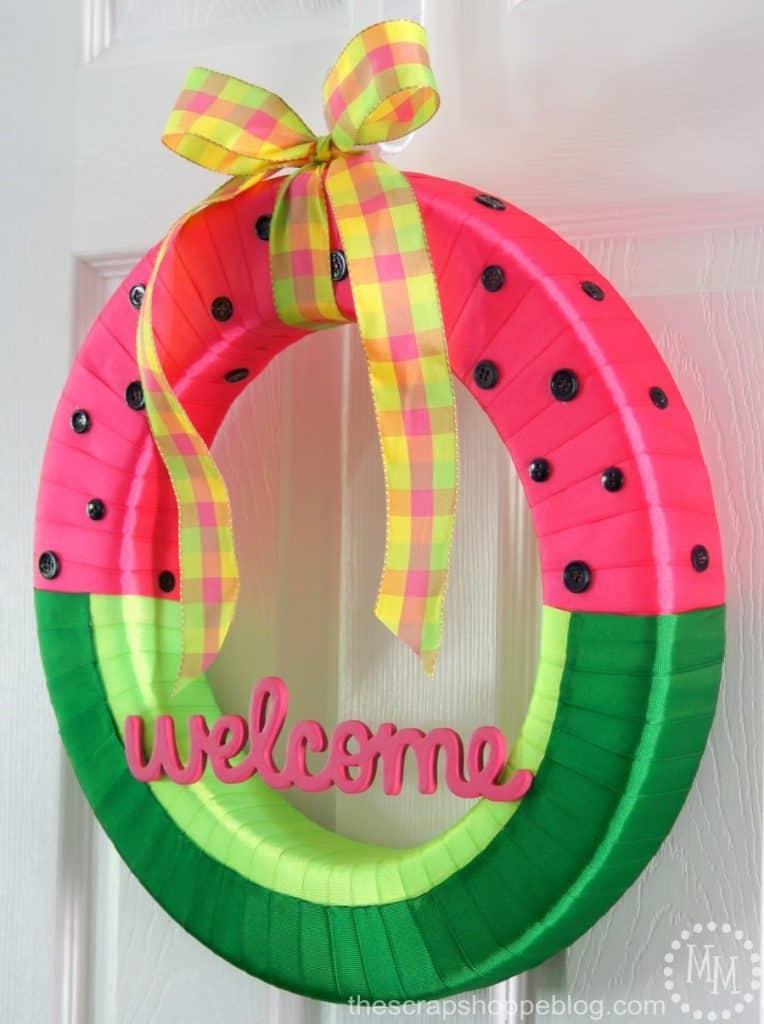 diy-watermelon-wreath-764x1024