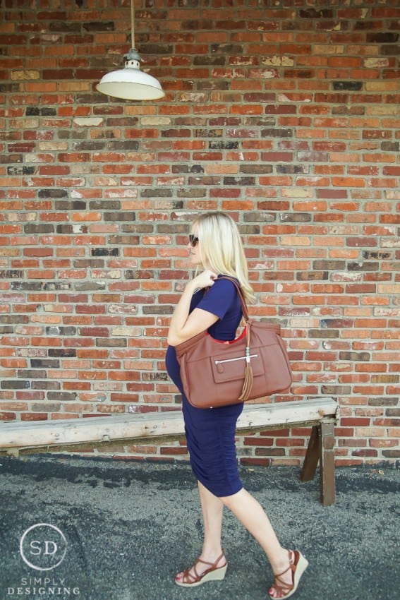 Finding the perfect diaper bag can be so overwhelming so here are a few tips for How to Choose a Diaper Bag that you will love for years to come