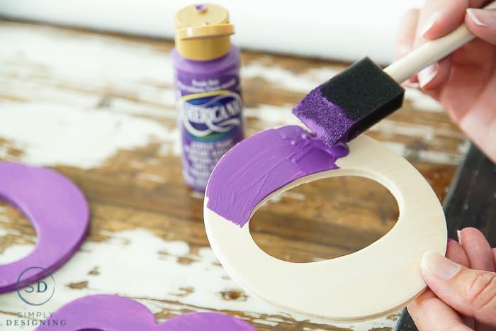 DIY Halloween Wreath - paint wood letters