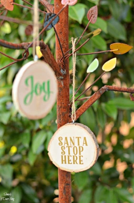 christmas-ornaments-wood-slice