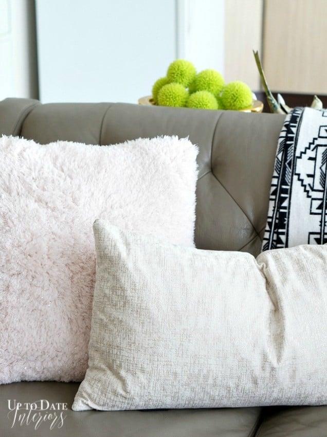 winter-pillows-left-watermark