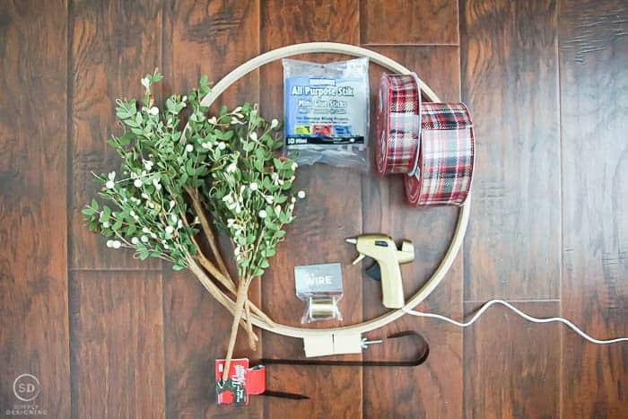 Farmhouse Christmas Wreath - supplies