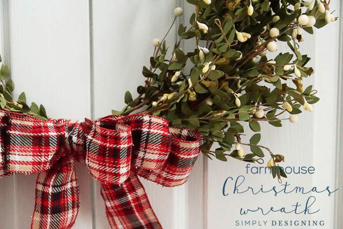 Farmhouse Christmas Wreath - Simply Designing