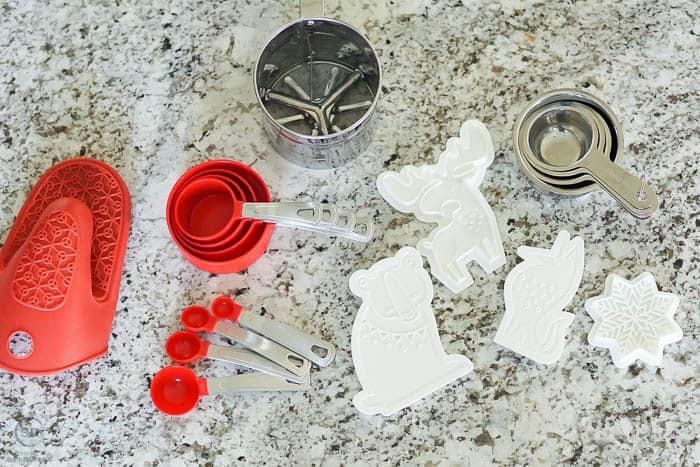 Shortbread cookie making tools