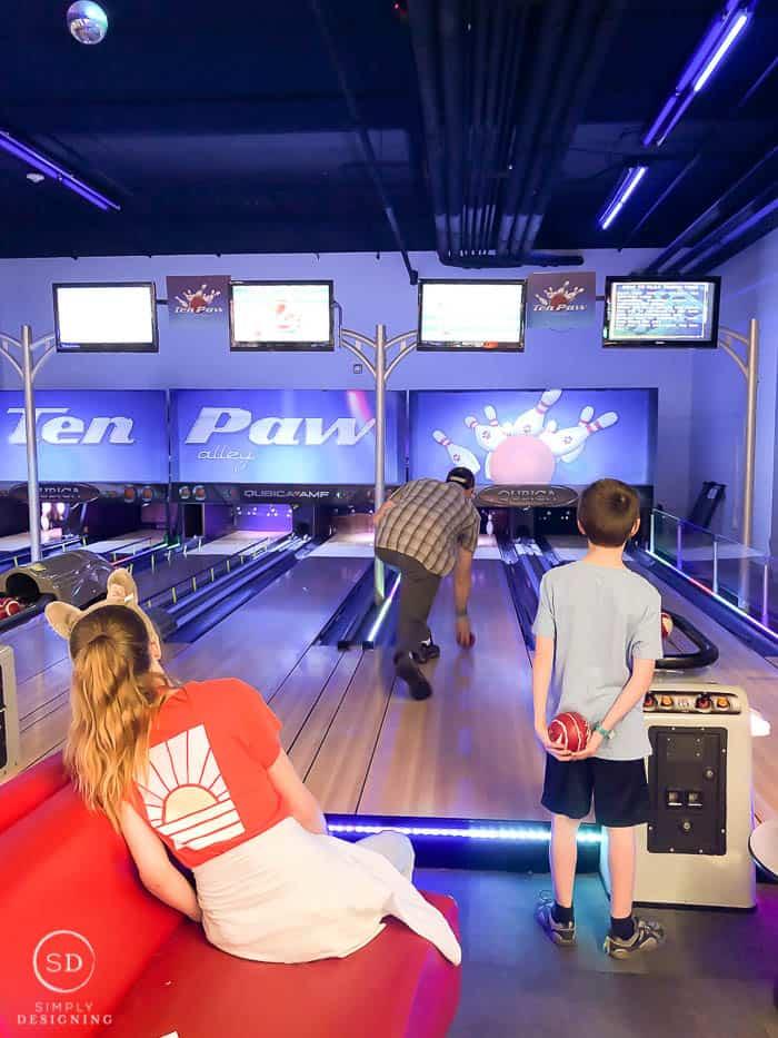 bowling at Great Wolf Lodge
