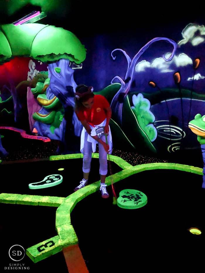 glow in the dark mini golf at Great Wolf Lodge