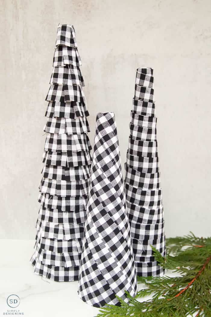 How to make 3 different Fabric Christmas Trees-06048