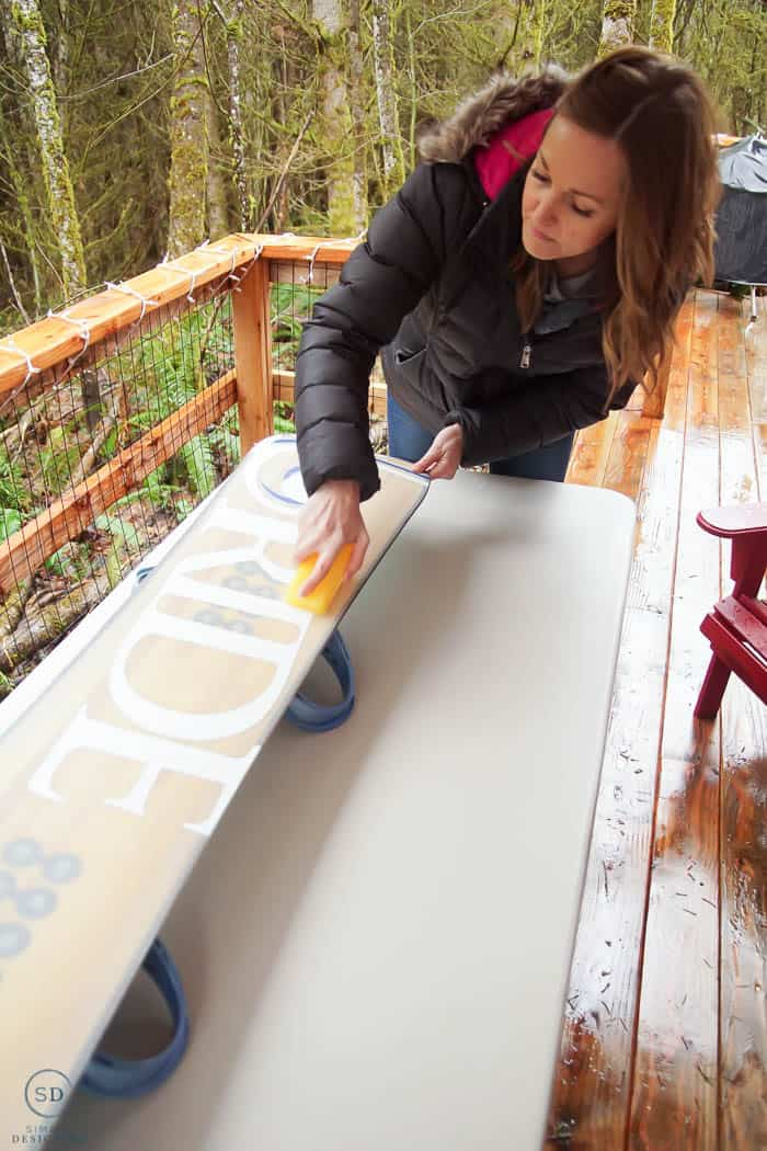 how to wax a snowboard quickly using the crayon method