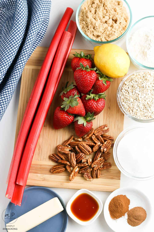 ingredients needed for rhubarb strawberry crisp