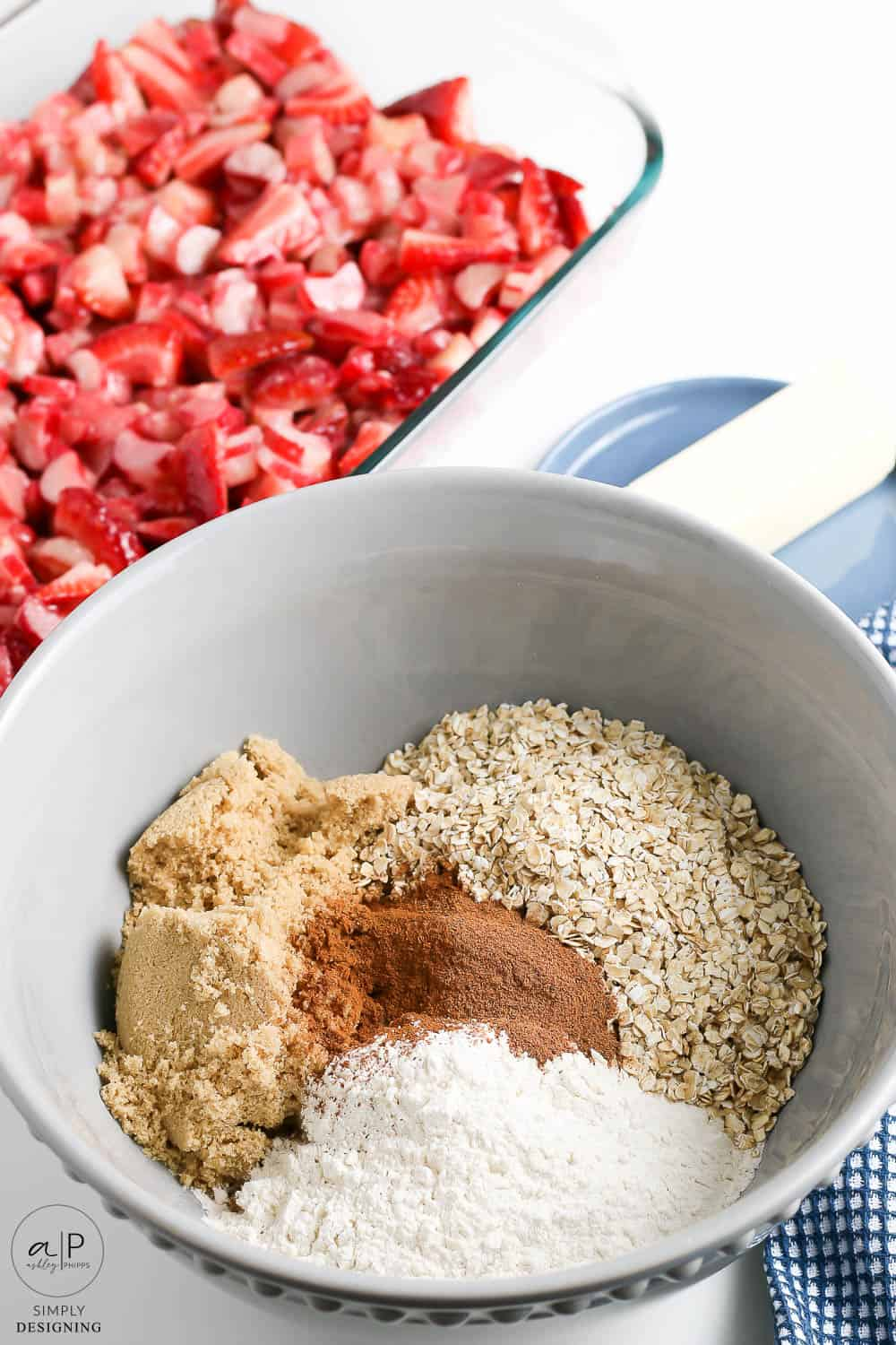 add dry topping ingredients into a large bowl