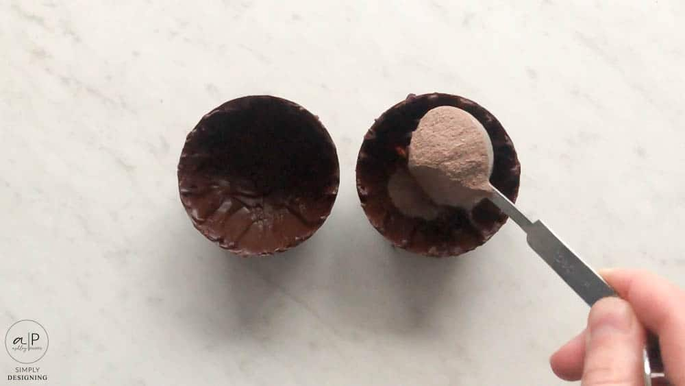 add hot cocoa mix to chocolate bomb